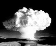 1972年中国首枚实用氢弹试验成功